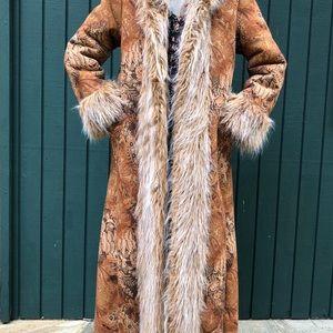 Newport News long coat with Faux Fur
